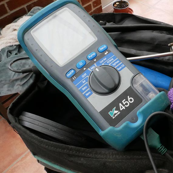 Gas boiler servicing tool